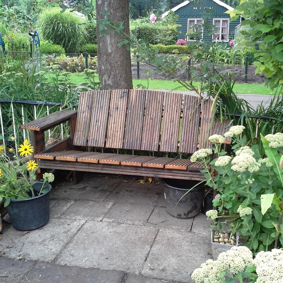 tuinbank van vlonderplanken